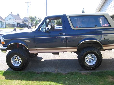 95 Ford Bronco by 1995 Ford Bronco Information And Photos Zombiedrive
