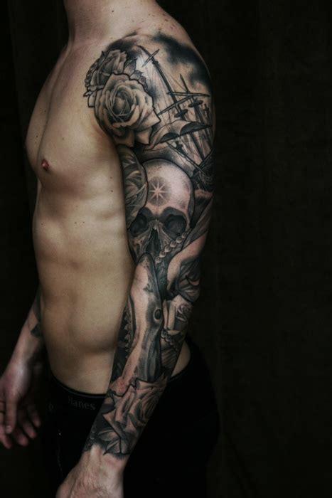 tatuaje en todo el brazo