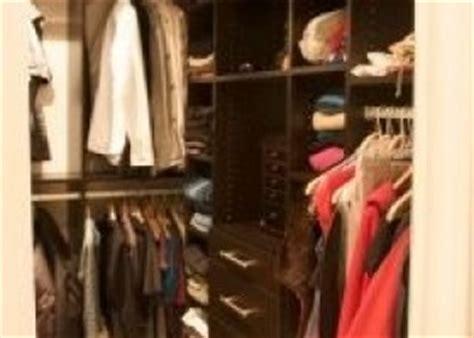 humedad en armarios empotrados c 243 mo acabar con la humedad en los armarios eroski consumer