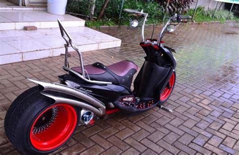 Modifikasi Vespa Model Harley by Mio Low Rider Terinspirasi Dari Mobil Rod Gilamotor