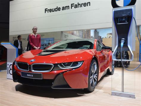 How Much Is Bmw I8 by 2017 Bmw I8 With Much More Power And A Longer Range