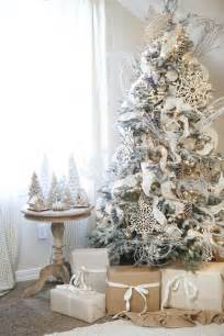 tree decorated white 26 best flocked tree d 233 cor ideas digsdigs