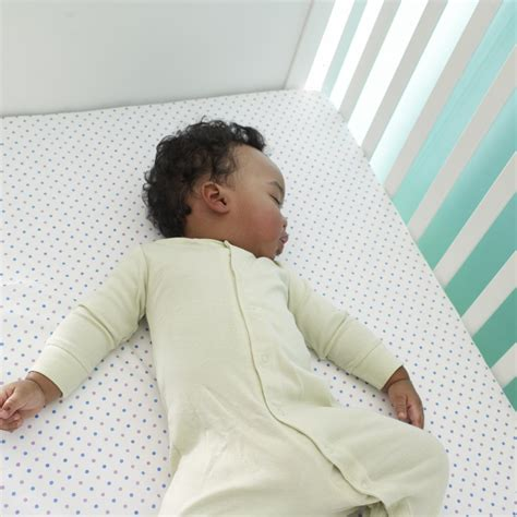 how to get your baby to sleep in crib hirerush