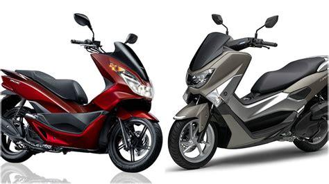Pcx 2018 Harga Bali by Membandingkan Yamaha Nmax Dan Honda Pcx