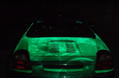 glow in the paint car glow in the paint