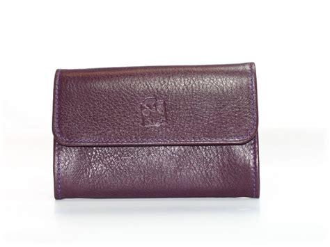 grand porte monnaie en cuir violet pour femme