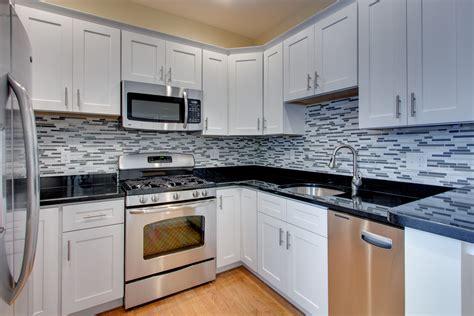 kitchen backsplash white cabinets kitchen kitchen backsplash ideas black granite