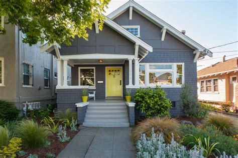 exterior paint colors bungalow and photos