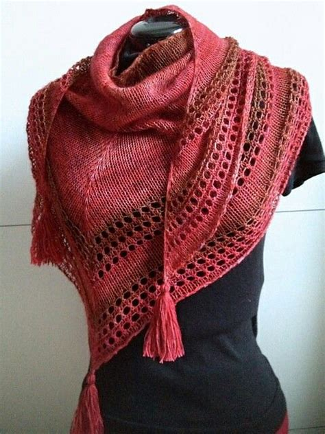 stole knitting patterns 900 best images about knitted scarves cowls shawls on