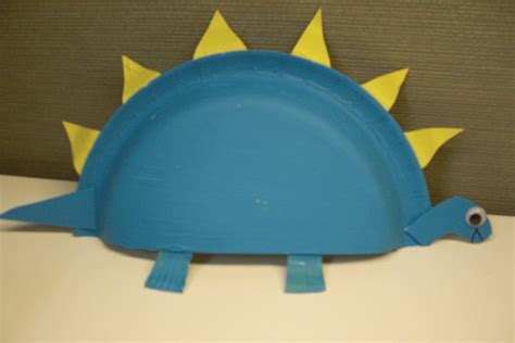 paper plate preschool crafts stegosaurus paper plate craft preschool education for