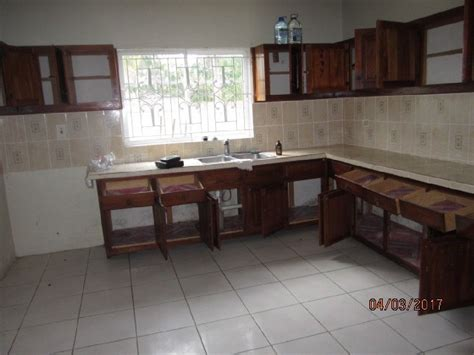 3 bedroom 2 bathroom house for rent 3 bedroom 2 5 bathroom house for rent in new green road