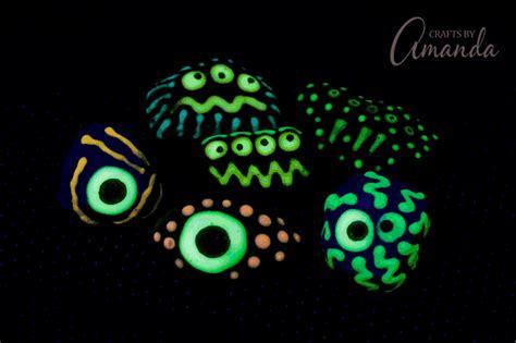 glow in the paint on rocks glow in the rocks a glowing craft