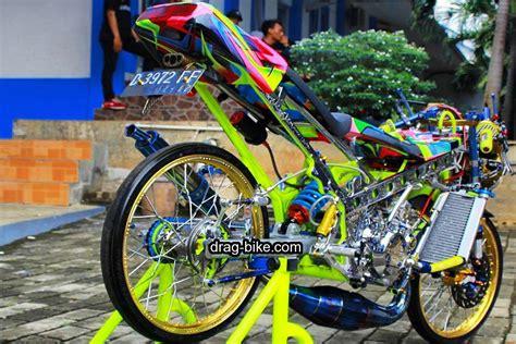 Thailook Style Modifikasi by 40 Foto Gambar Modifikasi Motor R Racing