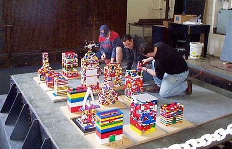 Design Your Own House Game building the tallest tower