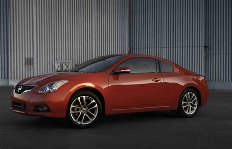 2012 Nissan Altima Coupe by 2012 Nissan Altima Coupe Autoguide News
