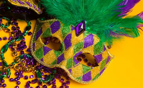 what do mardi gras what to wear for mardi gras new orleans packing tips