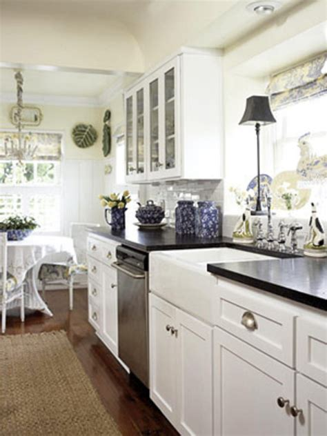 galley kitchen designs photos kitchen layouts for galley kitchens afreakatheart