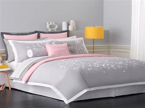 pink and grey bed sets best 25 grey comforter sets 25 best ideas about grey