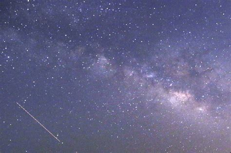 lyrid meteor shower lyrid meteor shower peaks this week aol news