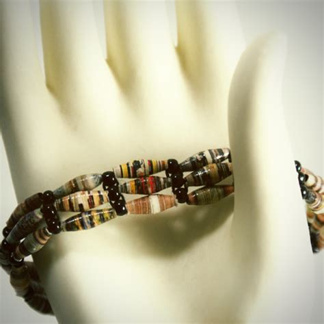 how to make paper bead jewelry paper bead bracelets