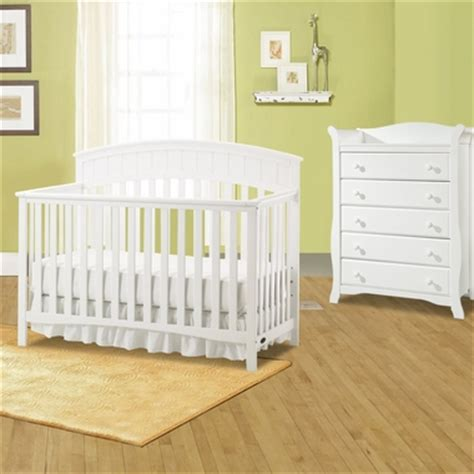 graco charleston classic convertible crib classic white graco charleston 4 in 1 convertible crib graco
