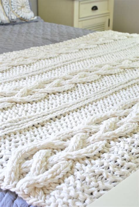 chunky cable knit blanket pattern 25 best ideas about cable knit blankets on