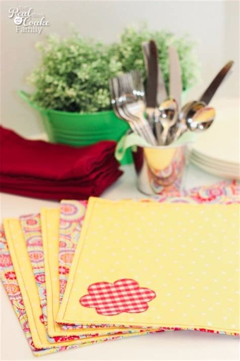 easy sewing crafts 55 sewing projects to make and sell diy