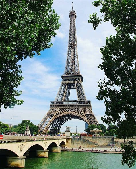 home of the eifell tower 25 best ideas about eiffel towers on eiffel