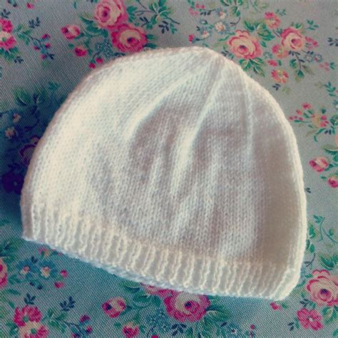 knit an easy hat simple knit baby hat baby stuff