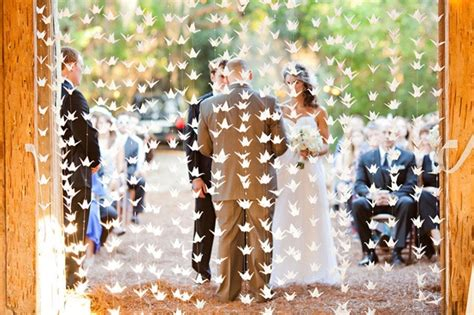1000 origami cranes wedding what should we do with 1000 paper cranes weddingbee