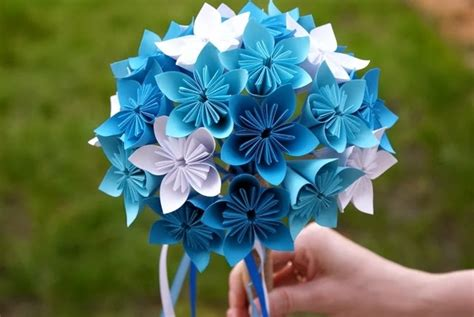beginner origami flowers how to make a simple origami flower crafts on