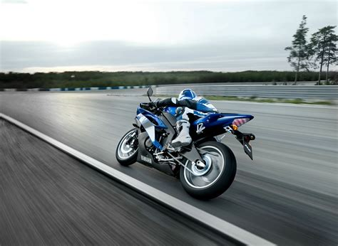 Motor Resing by 42 Motorcycle Racing Hd Wallpapers Background Images