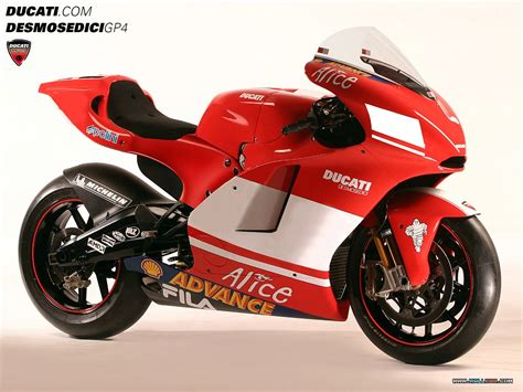 World No 1 Car Wallpapers by World Supersport 2004 Ducati Motorcycles 1024x768 No 1
