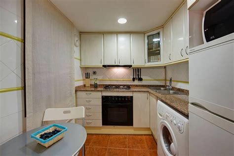 kitchen apartment decorating ideas small kitchen decorating ideas on a budget