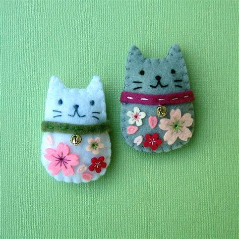 easy felt crafts for handmade felt magnets cherry blossom cats joohyang