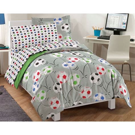 soccer bed sets soccer balls bedding set 5pc comforter sheets