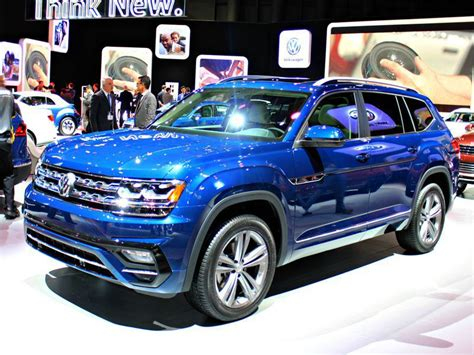 Vw Atlas Review by 2018 Volkswagen Atlas Road Test And Review Autobytel