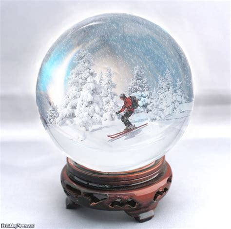snow globe 1000 images about snow globes on snow globes