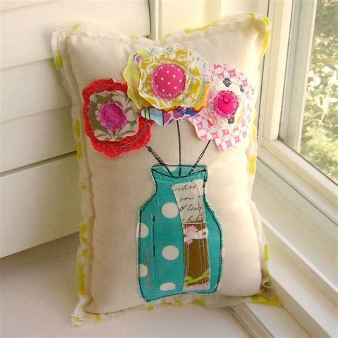 small craft projects with fabric 25 best ideas about scrap fabric projects on