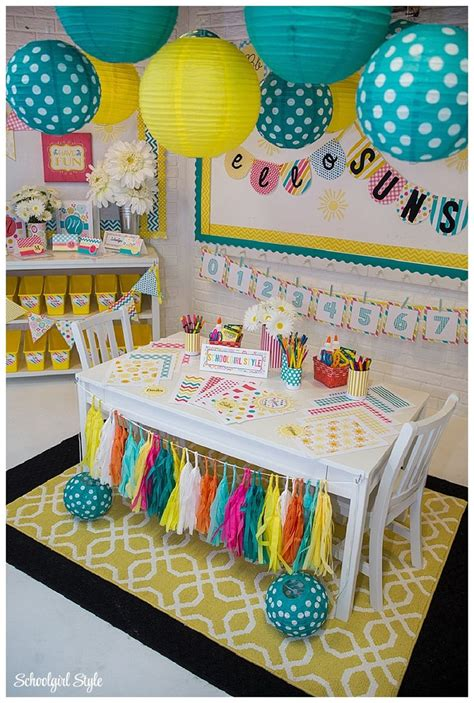 ideas for decorations for classrooms 17 best ideas about kindergarten classroom decor on