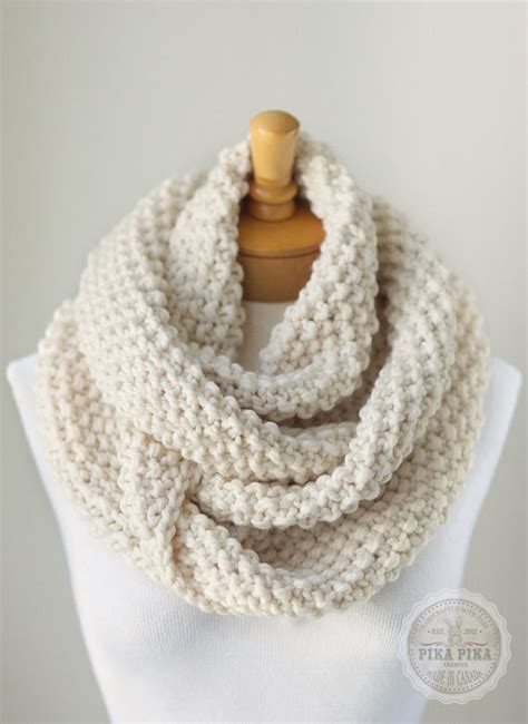 knitting an infinity scarf knit infinity scarf chunky knitted infinity by