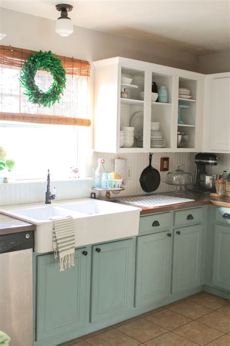 how to paint kitchen cabinets with chalk paint chalk paint kitchen cabinets bathroom design ideas