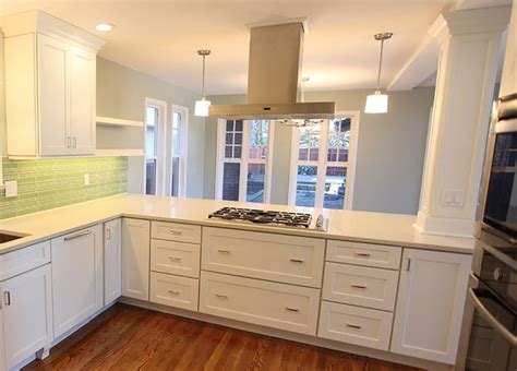 Crown Point Kitchen Cabinets a kitchen peninsula better than an island