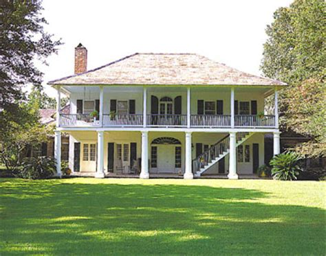 plantation style homes images about southern style home on southern style house plans zionstarnet