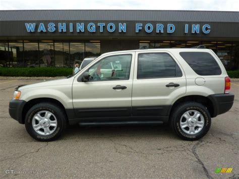 2003 Ford Escape Xlt 2003 gold ash metallic ford escape xlt v6 4wd 31332002