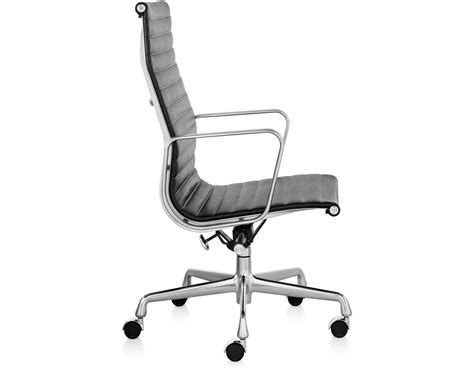 Eames Aluminum Executive Chair by Eames 174 Aluminum Executive Chair Hivemodern