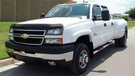 car engine manuals 2006 chevrolet silverado 3500hd navigation system service manual auto air conditioning repair 2006 chevrolet silverado 3500hd navigation system