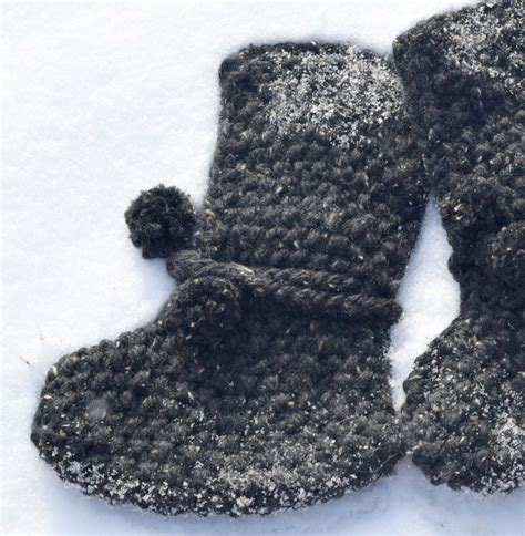 knit stitches that lay flat mountain chalet boot slipper knitting pattern knit flat