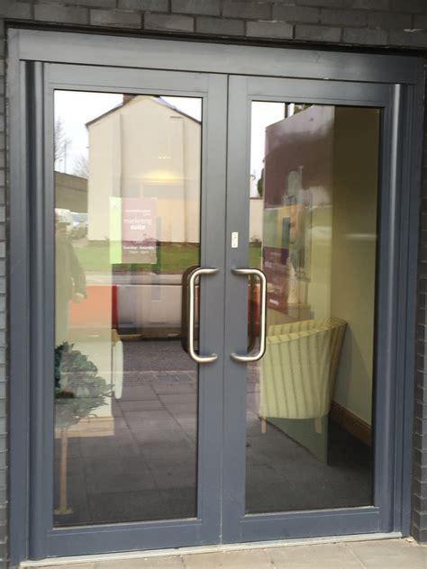 commercial glass front doors commercial glass entry doors doortodump us