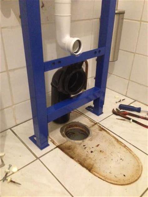 Zwevend Toilet Afvoer by Afvoer Toilet 10 Cm Verplaatsen Werkspot